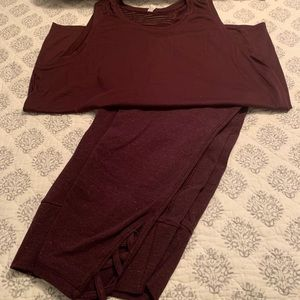 OLD NAVY Burgundy Work Out Capris & Top